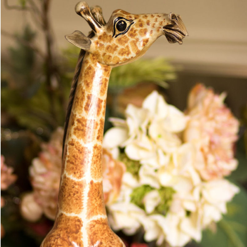 Wooden Hand Carved Giraffe 21 Inch Tall
